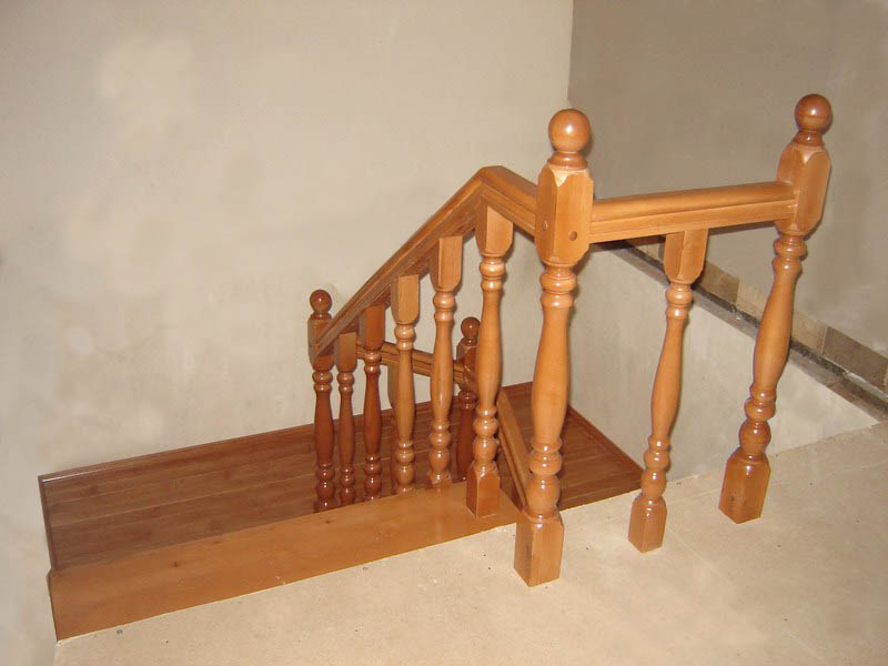 В любом деревянном доме на даче или в